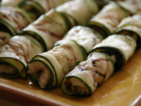 Paling in gegrilde courgette